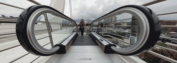 Escalators that look like the infinity symbol