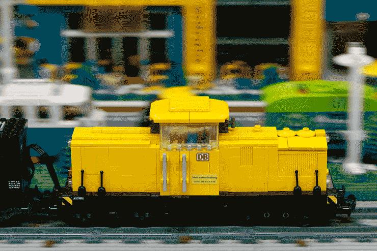 Half-Asleep Chris's incredible LEGO railway